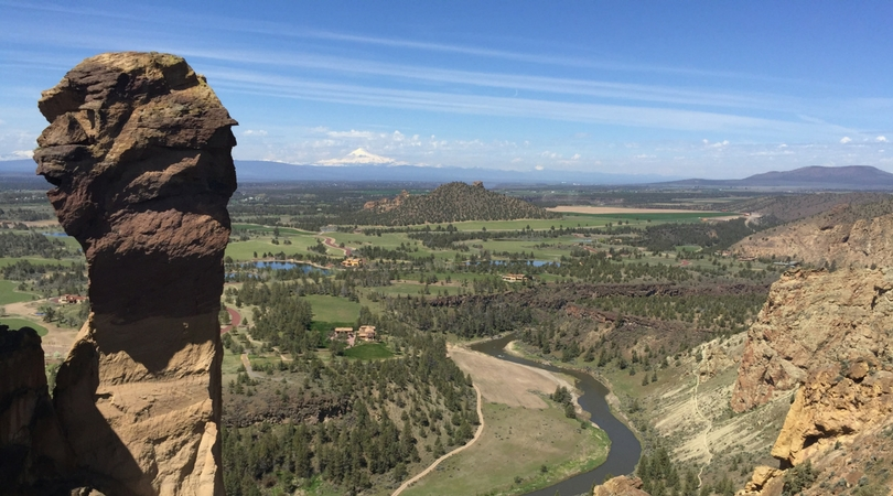 Exploring-Oregon-Smith-Rock-State-Park